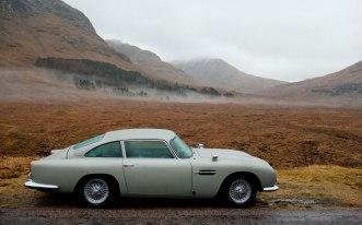Skyfall-Aston-Martin-DB5-side