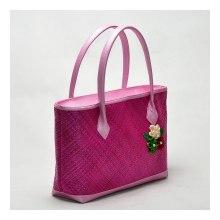 Tas-Anyaman-Bunga-Pink-b
